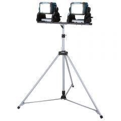 MAKITA 2 x 18V 3000 Lumens LED Work Light w. Tripod DML811X2